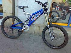 Old School DH bikes