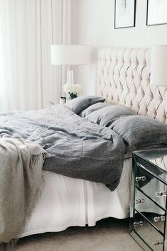 Distinctive Yet Superb Diy Headboard Ideas To Make A Bed More Appealing - Diyever Brown Bed Linen, Neutral Bed Linen, Bedding Sets Online, Comforter Sets, Headboard Designs, Headboard Ideas, Bed Linen Design, Luxury Bedding Collections, Bed Sets