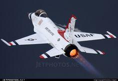 Photo: 92-3896 (CN: CC-138) United States - US Air Force (USAF) Lockheed Martin F-16CJ Fighting Falcon by Jeremy Lindgren - JetPhotos.Net
