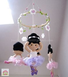 Ballerinas hanging baby mobile by MySweetfelt on Etsy