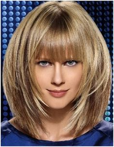 Check out these 8 choppy bob hairstyles for thick hair, from Short Hairstyles: Thick hair type owners thinks hard to handle this hairstyle but now, we collect different hair ideas in this article of Choppy Bob Hairstyles For Thick Hair. Bob Hairstyles For Thick, Hairstyles Haircuts, Layered Hairstyles, Blonde Hairstyles, Bob Haircuts, Dicker Pony, Medium Hair Styles, Short Hair Styles, Lob Hairstyle