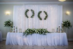 Table decoration Bride and Groom: Interesting Wedding Inspiration on the table Romantic Wedding Decor, Cute Wedding Ideas, Floral Wedding, Rustic Wedding, Wedding Inspiration, Wedding Car Decorations, Stage Decorations, Wedding Color Schemes, Wedding Colors