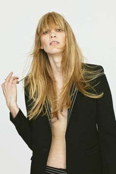 http://www.vogue.com/fashion-shows/pre-fall-2016/barbara-bui/slideshow/collection