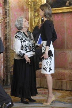 Los Reyes y los Príncipes de Asturias homenajean en el Palacio Real a Elena Poniatowska, Cervantes 2013 - Foto 5