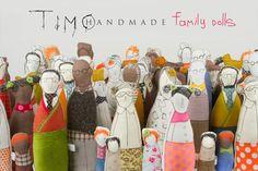 Retrato de familia ooak, muñeca del arte - abuelos, padres y niños vestidos con tonos naturales de la tierra, rayas y cuadros polka dots