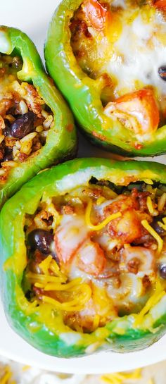 Mexican Stuffed Peppers – stuffed with Mexican ground beef, black beans, rice, tomatoes, cheese. Delicious! Gluten free recipe.