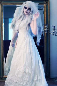 12-Creative-Corpse-Bride-Make-Up-Looks-Ideas-For-Halloween-2014-5                                                                                                                                                                                 More