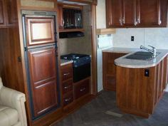 2015 New Gulf Stream SEDONA 27FRET SALE Fifth Wheel in Pennsylvania PA.Recreational Vehicle, rv, 2015 Gulfstream Sedona SLT 27FRET. Original Retail was $51,519. Standard Features & Options Exterior: FELT LINER IN BASEMENT AREA TWO 30 LB. LP TANKS WITH AUTO CHANGEOVER, FRONT FIBERGLASS CAP W/LED DOCKING & CLEARANCE LIGHTS, E-Z LUBE AXLES, DEDICATED BATTERY STORAGE, IN-BUMPER SEWER HOSE STORAGE, FULLY INSULATED BULKHEAD & GOOSE NECK, RESIDENTIAL ROOF, FLOOR, FRONT AND REAR WALL STUDS, SLAM…