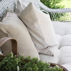#farmhouse5540 #simplefarmhousestyle #farmhousestyle #farmhouseporch