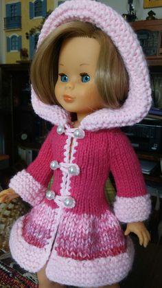 Knitting Dolls Clothes, Crochet Doll Clothes, Nancy Doll, Hello Dolly, Baby Dress, Dress Making, Barbie Dolls, Sony, Crochet Hats