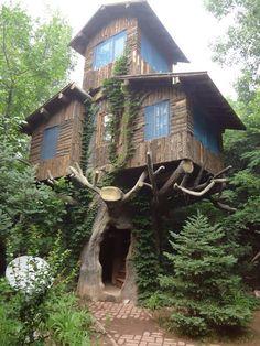 Tree House Schlupfwinkel, Haus Architektur, Haus Aus Holz, Haus Bauen, Coole  Baumhäuser