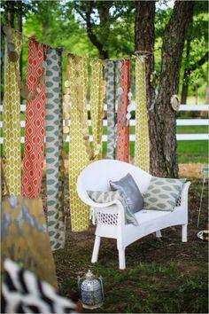 diy fabric streamer backdrop #countrywedding #rusticwedding #wedddingchicks http://www.weddingchicks.com/2013/12/23/country-chic-wedding-2/