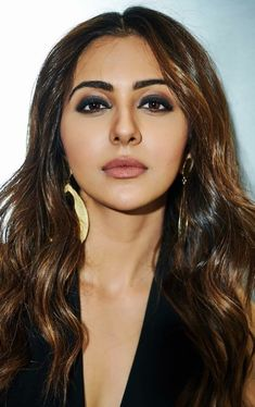 Indian Actress Pics, Most Beautiful Indian Actress, Indian Actresses, South Actress, South Indian Actress, Celebrity Gallery, Beautiful Lips, Hollywood Celebrities, Hot Actresses