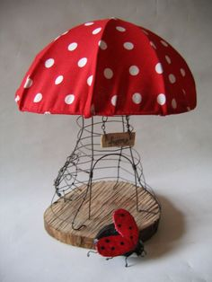 Wire & Wood mushroom