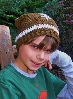 Slouchy Football Hat Crochet Pattern by Darleen Hopkins ~ free pattern Crochet Football Hat, Crochet Kids Hats, Crochet Cap, Crochet For Boys, Crochet Beanie, Love Crochet, Crochet Scarves, Crochet Crafts, Crochet Projects
