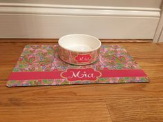 Lilly Inspired Pet Set | Pet Bowl and Placemat Set | Personalized Pet | Custom Pet  #PetPlacemat #PetBowl #CatMat #PetFoodBowl #PersonalizedPet #CatBowl #DogMat #PetFoodMat #LillyInspired #LillyPulitzer