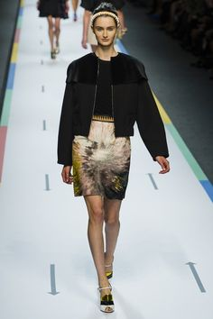 664fd55daf42 Fendi SPRING SUMMER 2013 READY-TO-WEAR Fendi, Couture Collection, Spring