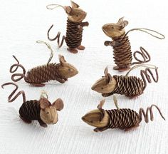 A nice idea for using those pinecones found in your garden, you can transform them into nice little friends, those super cute ornaments in form of mice ! :)…