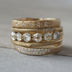 Celestial and feminine, the Selene Stack is out of this world! Pulling together elements of nature and space, this chic wedding stack is unique, ethereal and ideal for the bride on the go. The low profile and understated sparkle of hexagonal Rose Cuts gives just the right amount of galactic glitz without going over the top.