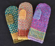 Free Knitting Pattern for Movie Night Mittens - Betty Clay says her the stranded colorwork on these mittens is so simple that you can knit them while watching a movie. Knitted Mittens Pattern, Crochet Mittens, Crochet Gloves, Knit Or Crochet, Knitting Patterns Free, Free Pattern, Crochet Pattern, Loom Knitting, Knitting Socks