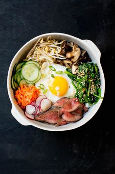 Carrot, zucchini and squash salad - Healthy Food Mom Asian Recipes, Gourmet Recipes, Vegetarian Recipes, Healthy Recipes, Ethnic Recipes, Bibimbap Recipe, Calories In Vegetables, Squash Salad, Winter Vegetables