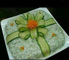 Bento Tutorial, Calming, Food Art For Kids, Food G - Food Carving Ideas Cute Food, Good Food, Awesome Food, Food Carving, Vegetable Carving, Food Garnishes, Garnishing, Food Platters, Meat Trays