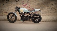 Suzuki Savage 650 #CafeRacer ''Little Wing'' by FMW Motorcycles. Una #Suzuki digna de admirar. Tanque de una Triumph, horquilla acortada 12 cm y colín artesanal   caferacerpasion.com