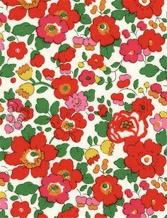 Liberty Fabric Betsy S scrap tana lawn 10 x 10 от TheWeaversMill