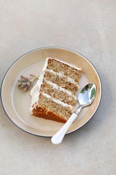 Naked Cinammon Cake with Milktart Buttercream
