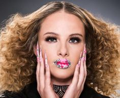 What inspires #NAHA2016 Nails Champion Cassandra Clark? http://www.thenailscape.com/behind-the-scenes-with-cassandra-clark-naha-2016-nail-champion/