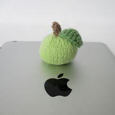 18df922a9da Little Apple. Free knitting pattern ...