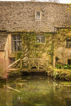 Bourton-on-the-Water self-catering millhouse with swimming pool