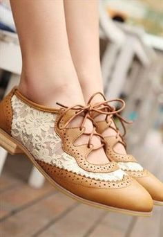 Oxford Vintage Lace Shoes