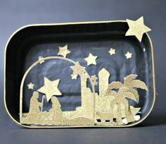 Presepe in una scatola di sardine . sardine can nativity