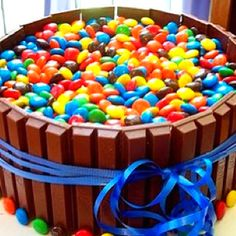 """Candy barrel"" cake. Cute idea."