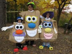Homemade Mr. Potato Head Family Costume: We always have a family theme to the costumes, and this year was Mr. Potato Head Family Costume. I spent a lot of time getting tips from this site, so