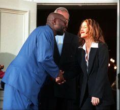 October 4, 1997 - Isaac Hayes shaking Lisa's hand Isaac Hayes, Lisa Marie Presley, October 4, Pretty, Black, Black People