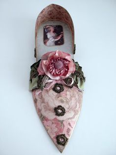 Donna Perry Marie Antionette paper shoe