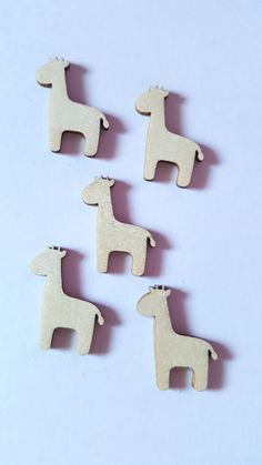 10 x Mini Blank Wooden Craft Shapes - 30mm - Giraffe