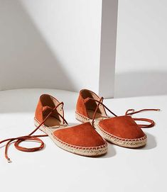 As comfy as they are chic, these espadrilles are all bohemian ease - with flirty lace up styling. Lace Up Espadrilles Flats, Espadrille Sandals, Pretty Shoes, Cute Shoes, Jeweled Shoes, Cool Boots, Fashion Flats, Comfortable Shoes, Dress Shoes