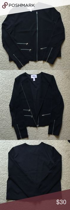 Forever 21 Blazer Black blazer with silver hardware!! Brand New!! Dry cleaned it after I purchased it. Never wore it. Jackets & Coats Blazers