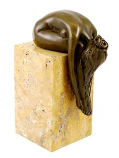 "Bronze Statue - ""A Bent-over woman on a marble base"", sign. Milo Product No.:RL-179 --- 199,00 EUR"