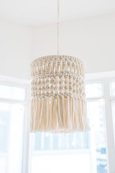 DIY: macramé chandelier