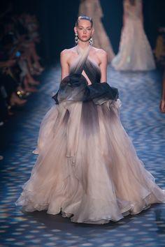 Marchesa Spring 2017 Ready-to-Wear Fashion Show - Lauren de Graaf