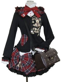 what is punk lolita Kawaii Fashion, Punk Fashion, Lolita Fashion, Gothic Fashion, Asian Fashion, Mode Alternative, Alternative Outfits, Alternative Fashion, Visual Kei