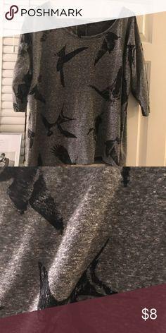 Medium 3/4 sleeve bird shirt Forever 21, super comfy, 3/4 grey bird 3/4 length shirt Forever 21 Tops