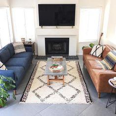 Ghê sofa bộ phòng khách vải nỉ nhập khẩu. Được sản xuất và cung cấp bởi nhà sản xuất ghế sofa Tiến Phát. Ghế sofa với nhiều mẫu mã đa dạng thân thiện và sang trọng.
