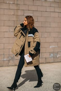 Christine Centenera by STYLEDUMONDE Street Style Fashion Photography NY FW18 20180213_48A2225