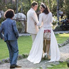 Candinho (Sérgio Guizé) e Filó (Débora Nascimento) se casaram no último capítulo da novela das 6 (Foto: Elles Soares/ Gshow)