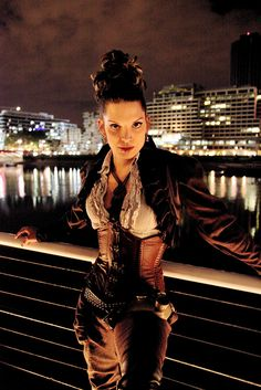 Steam punk costume, She looks like the female verson of The Captain from Firefly